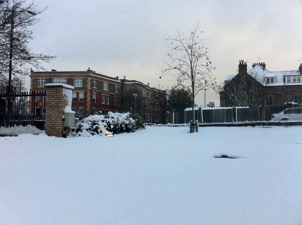 Snow London 4